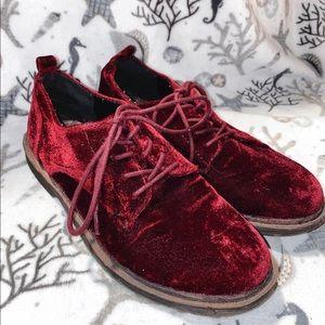 Red velvet oxfords